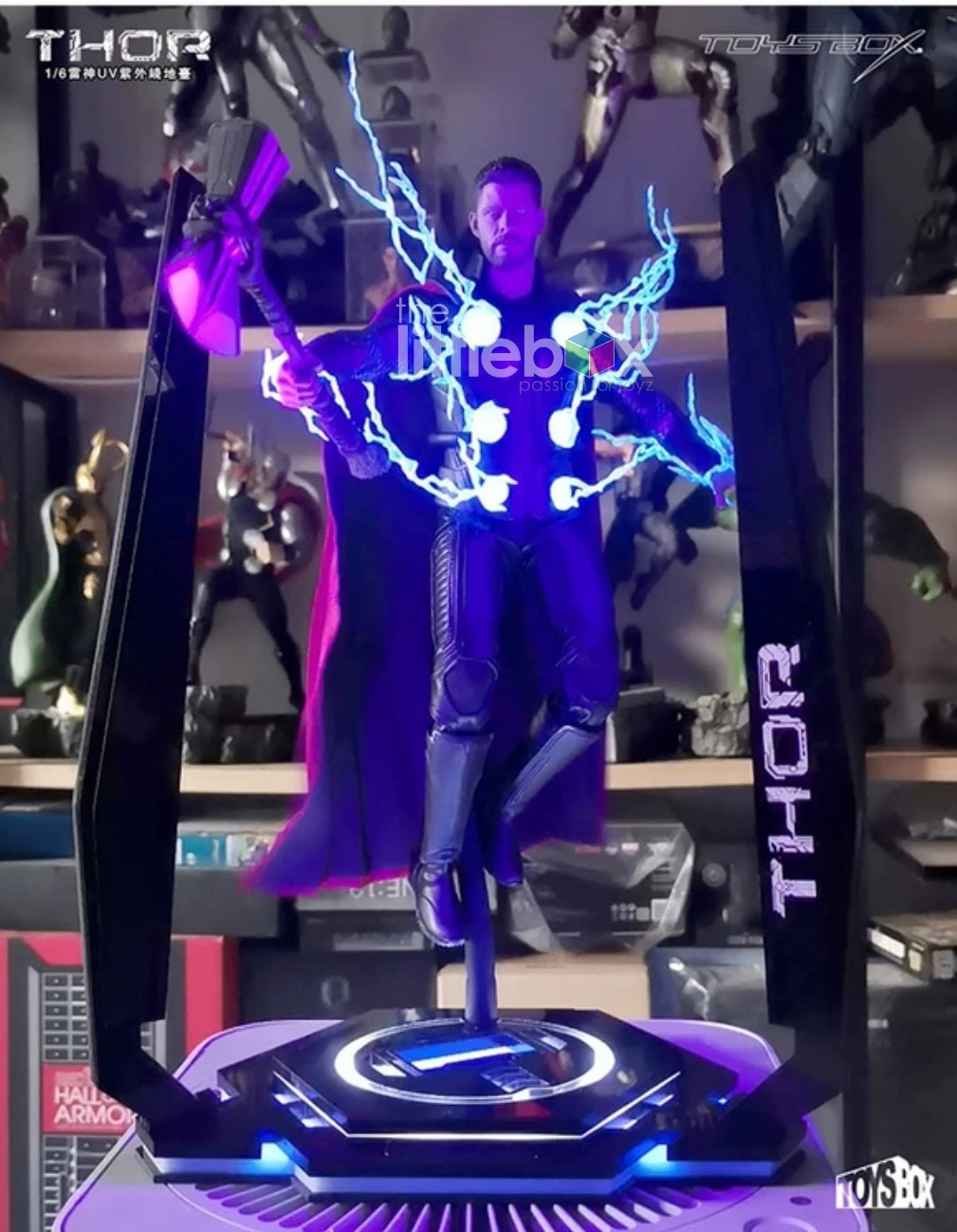 UV Light Stand for Thor